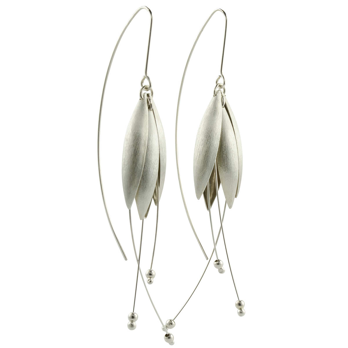 silver-petal-earrings