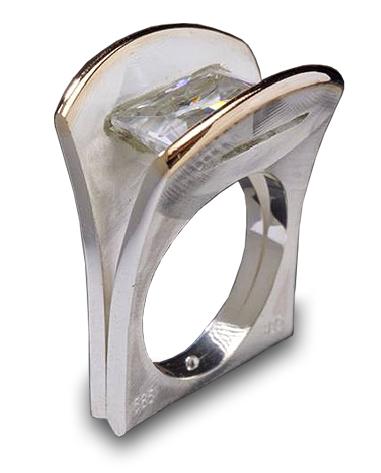 emerald wedge ring