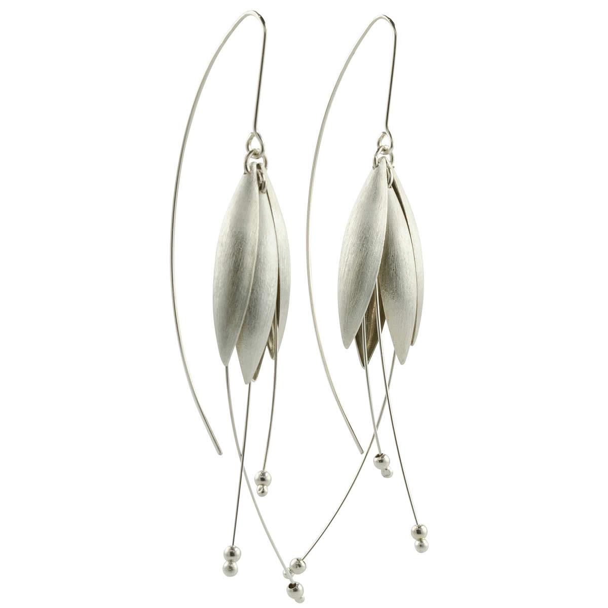 silver-petal-earrings